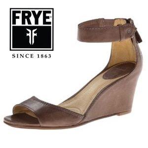 FRYE Vintage Leather Carol Back Zip Wedge
